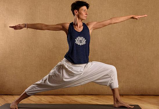Il Metodo di Insegnamento di Yoga a Rimini Manuela Ronci